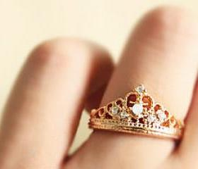 Free Shipping Crown Shape Rhinestone Inlaid Ring