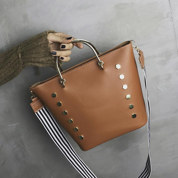 Fashion Wide Straps Rivet Decoration Women Tote Bag