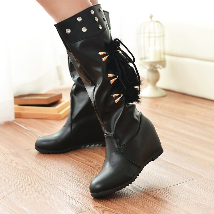 Increased Crystal Side Lace Up Middle High Boots
