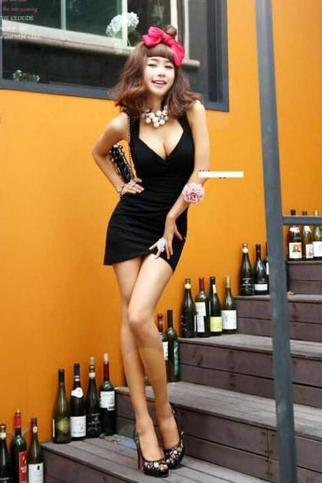 Sexy Low Bosom Pure Color Sleeveless Bodycon Dress
