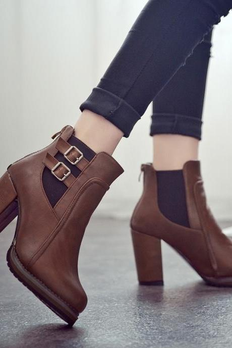 Pointed Toe Hasp Middle Chunky Heels Short Boots