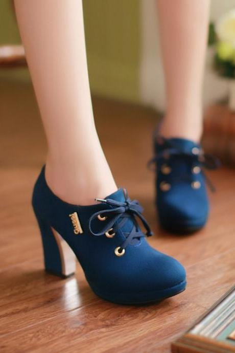 Solid Color Lace Up Round Toe Middle Chunk Heels Short Boots