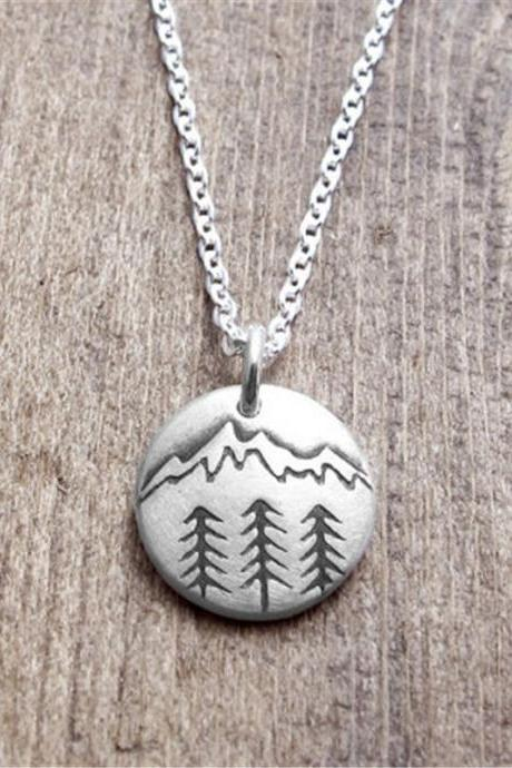 Round Natural Barren Mountain Collarbone Necklace
