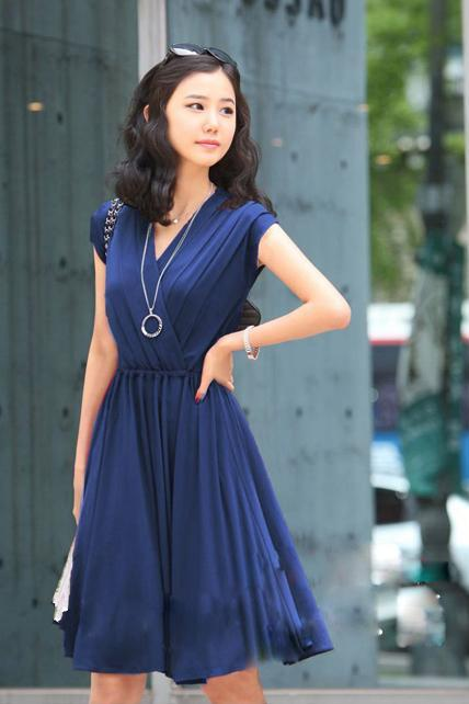 V-Neck Cap Sleeve Pleated Short Dress
