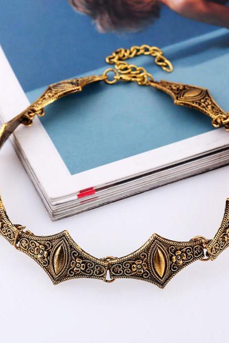 Retro Bohemian Floral Pattern Short Ring Necklace