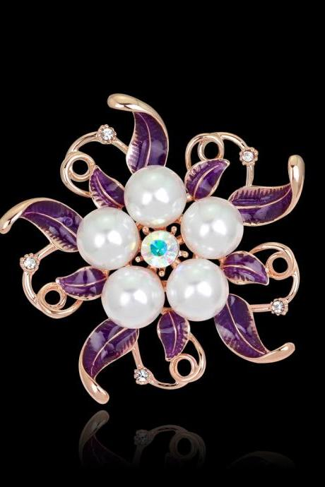 High-grade pearl drop Rhinestone Brooch