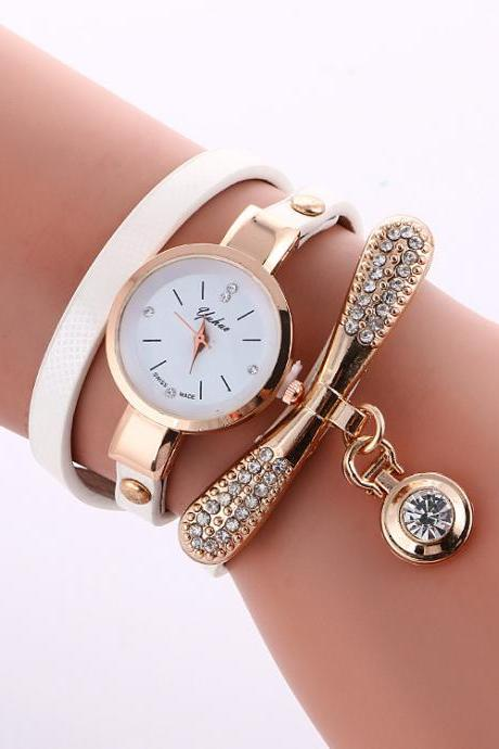 Round Crystal Pendant Fashion Watch