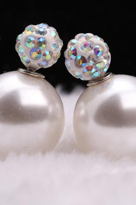 Charming Crystal Ball Pearl Earring