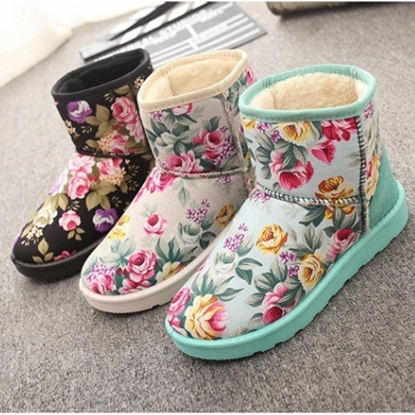New Fashion Women's Casual Winter Floral Round Toe Flat Plush Thicken Short Snow Boots